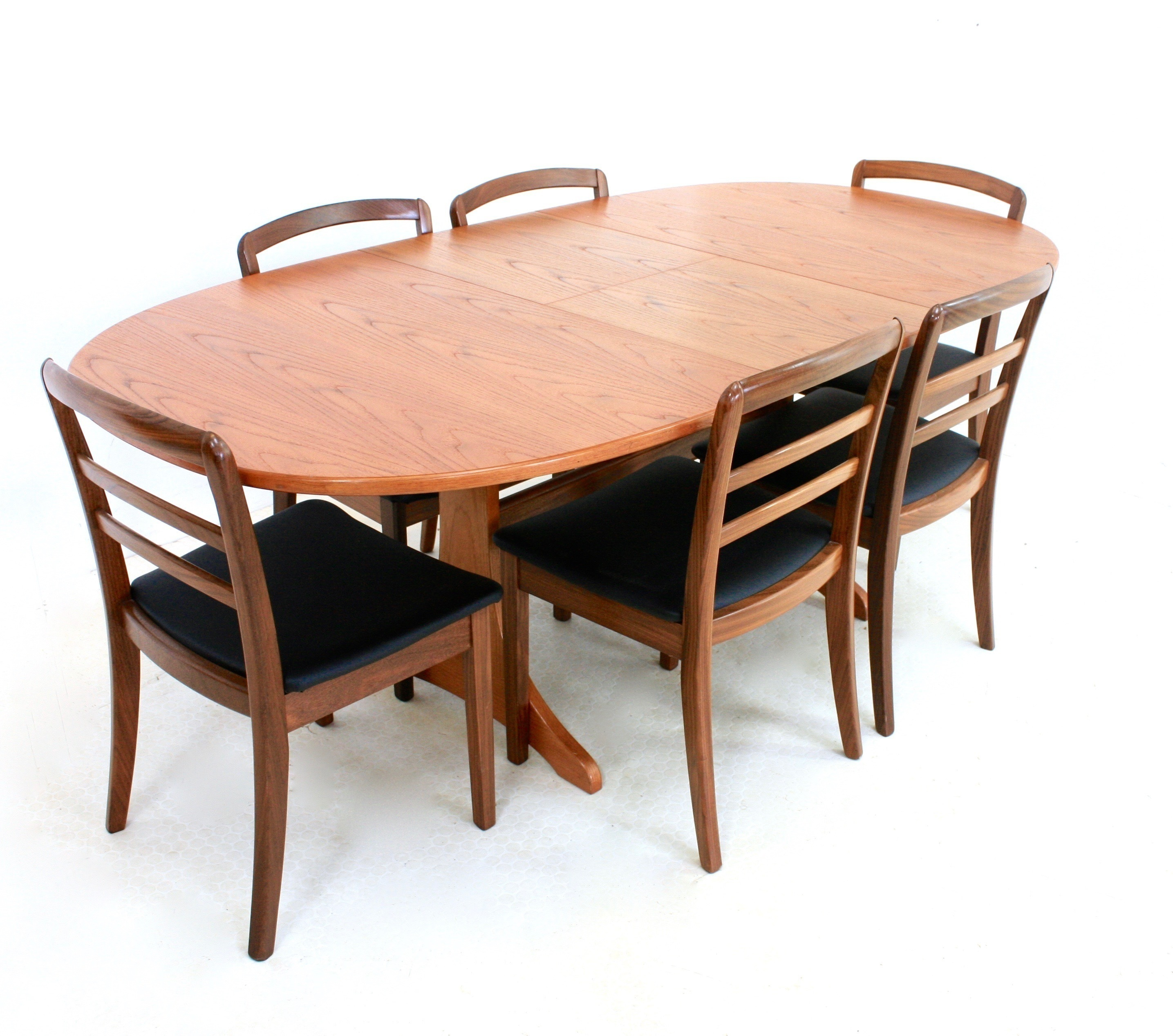 Wondrous Vintage 1970S Teak Danish Influence Dining Table And 6 Chairs By G Plan Cjindustries Chair Design For Home Cjindustriesco