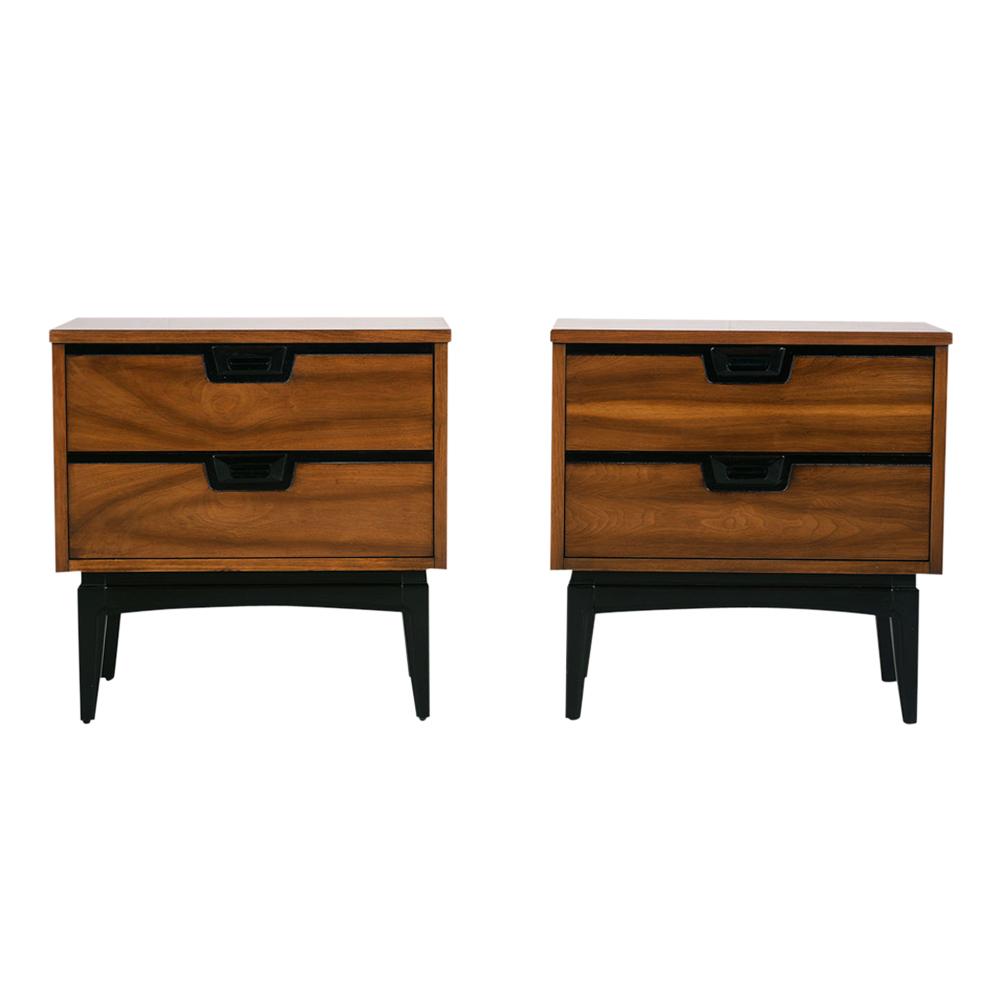 Pair of Mid century modern nightstand