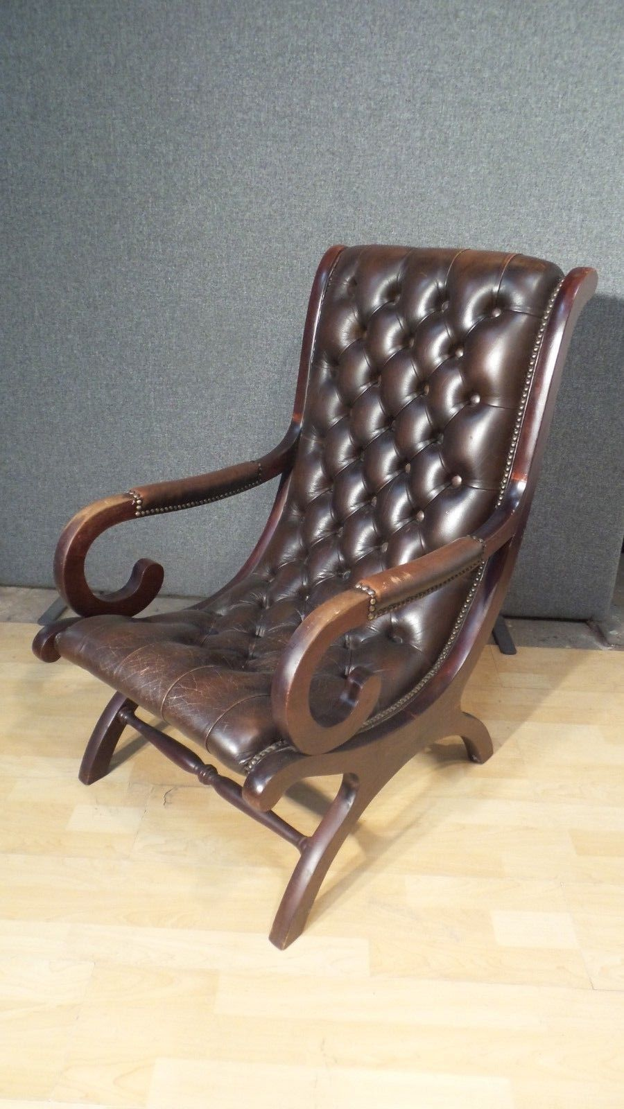 Fine Chesterfield Leather Slipper Chair In Conker Chestnut Brown Vintage Antique Creativecarmelina Interior Chair Design Creativecarmelinacom