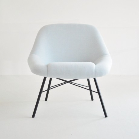 Dangles And De France Blue Easy Chairs photo 1