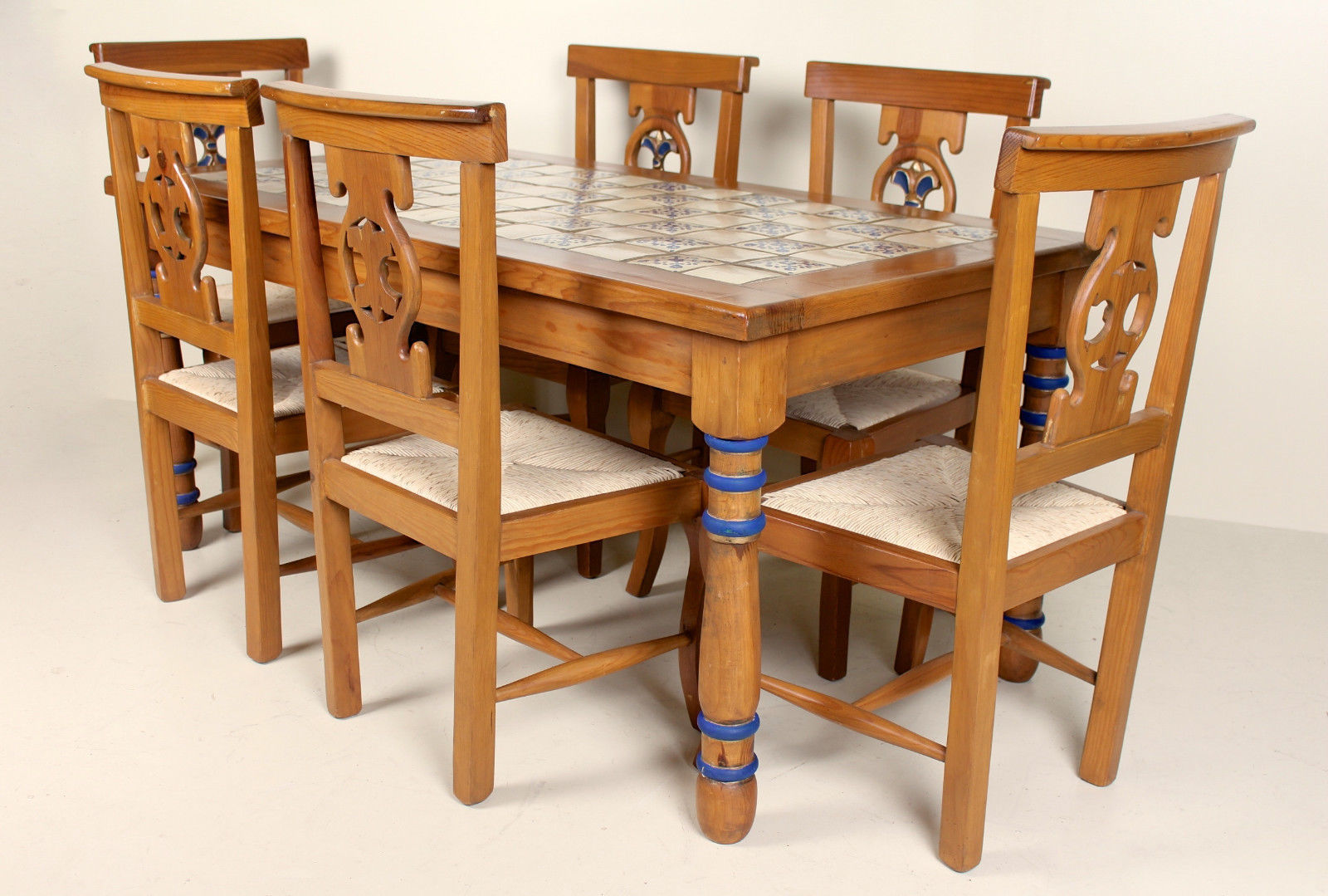 Impressive Pine Dining Table And Chairs 6 Solid Tiled Country Farmhouse
