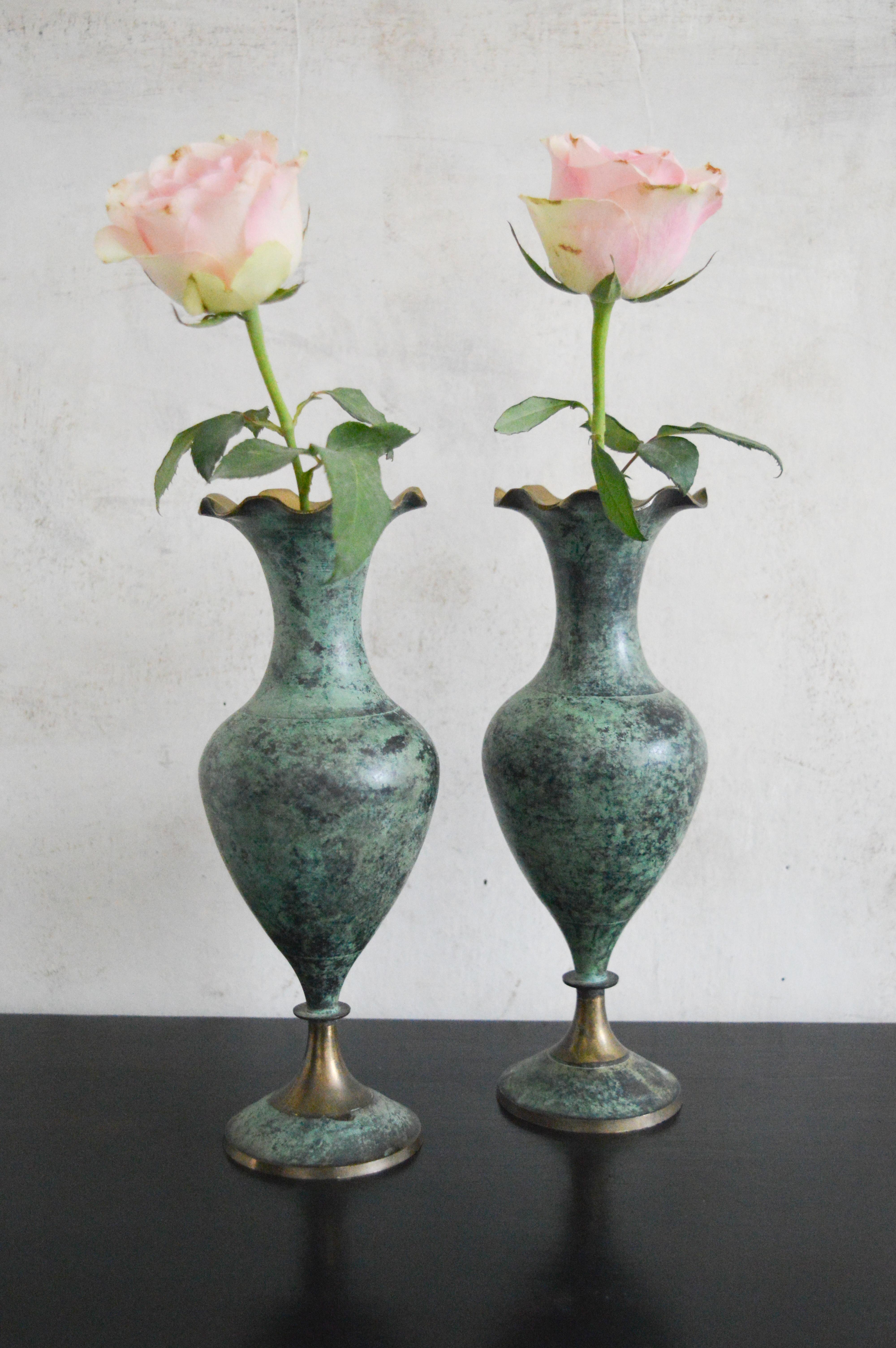 Vinterior & Pair Brass Vases Emerald Green With Fluted Edge Handmade Large Vintage Bud Decorative Flower Vases Brass Table Centrepiece Vases