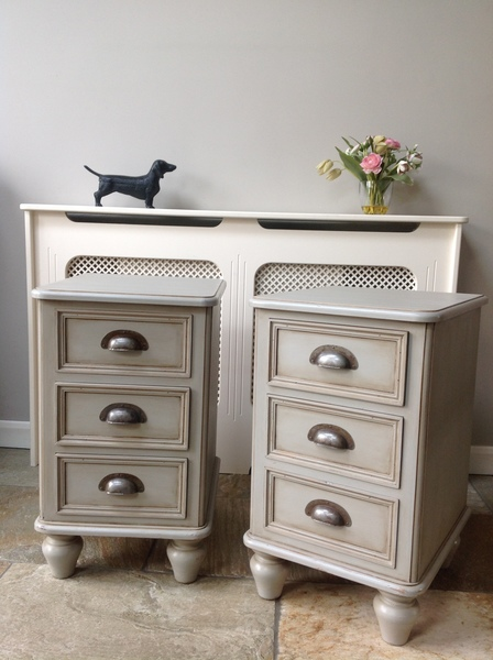 Light Grey Bedside Table: Rustic Country Farmhouse Vintage Pair Of Solid Pine