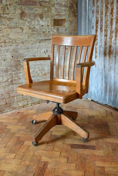 Remarkable Vintage Captains Swivel And Tilt Desk Chair American Made Oak Chair Dailytribune Chair Design For Home Dailytribuneorg