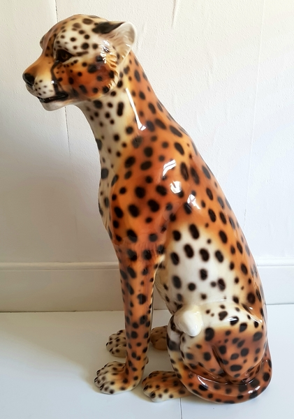 Lifesize Italian Ceramic Cheetah Statue, Ceramic Leopard, Hollywood  Regency, Statement Piece
