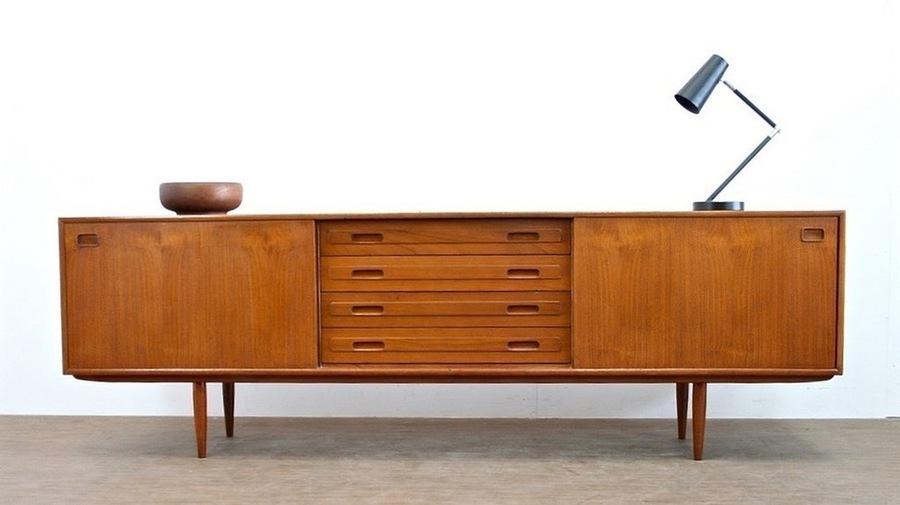 Vintage 1970s Teak Danish Design Sideboard