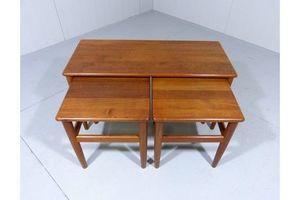 Thumb set of 3 teak nesting tables denmark 0