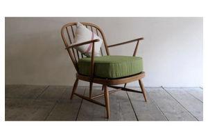 Thumb ercol easy chair 5873c554 8e73 4a5a 9ea3 192ce849a373 0