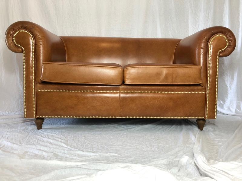 Fine Luxury Handmade Cigar Faux Leather Chesterfield Style 2 Seater Sofa Cognac Furniture Antiques