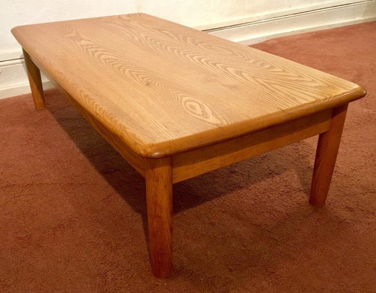 Ercol Table Beechwood And Elm Wood Occasional Coffee C20th
