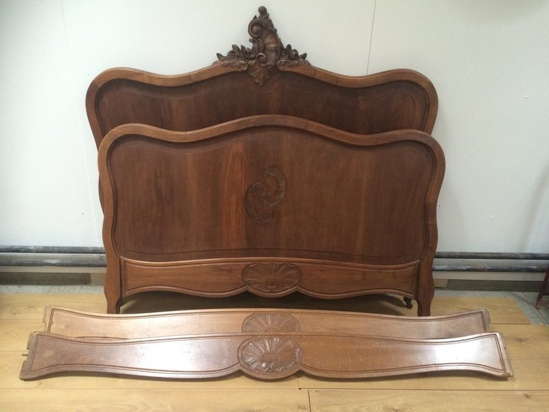 Louis Xv Style Carved Walnut Bed Frame photo 1