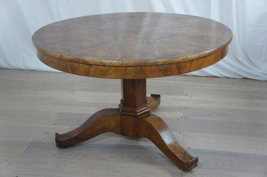 Art Deco Walnut Table photo 1