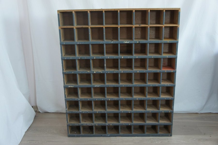 Wall Mounted Wooden Pigeon Hole Unit photo 1