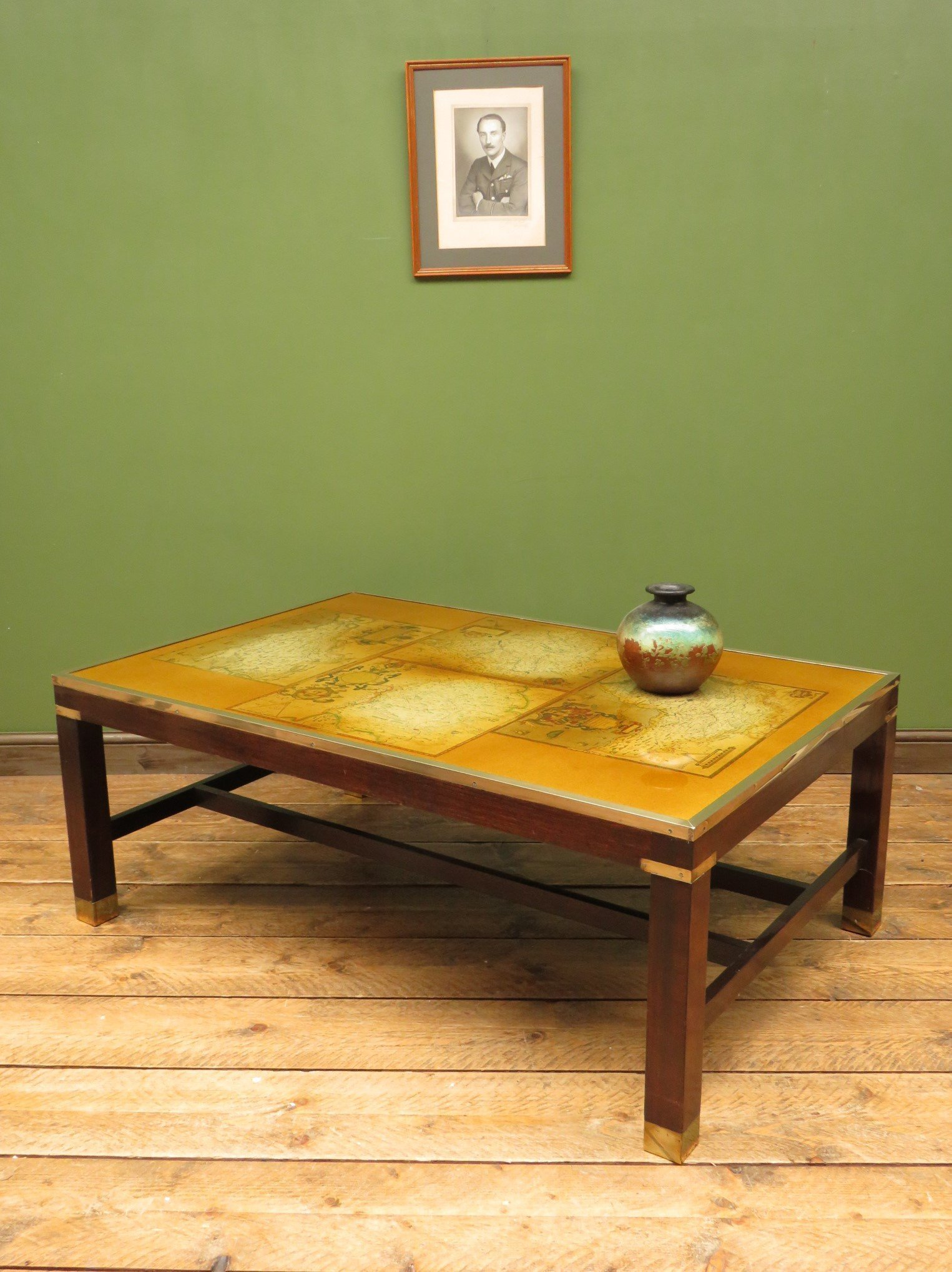 Miraculous Map Coffee Table Home Remodeling Inspirations Propsscottssportslandcom