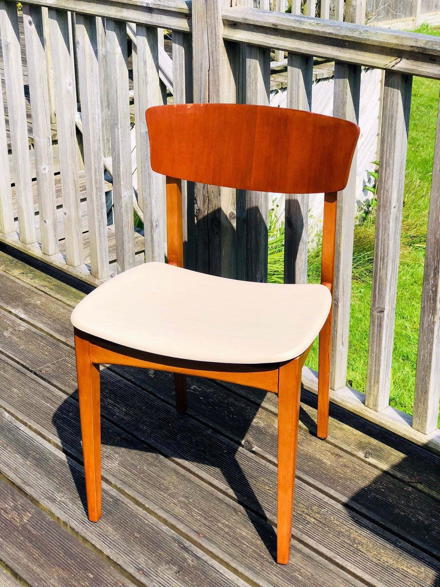 Astonishing The Coffee And Cream Of Vintage Mcm Danish Dining Chairs Download Free Architecture Designs Griteanizatbritishbridgeorg
