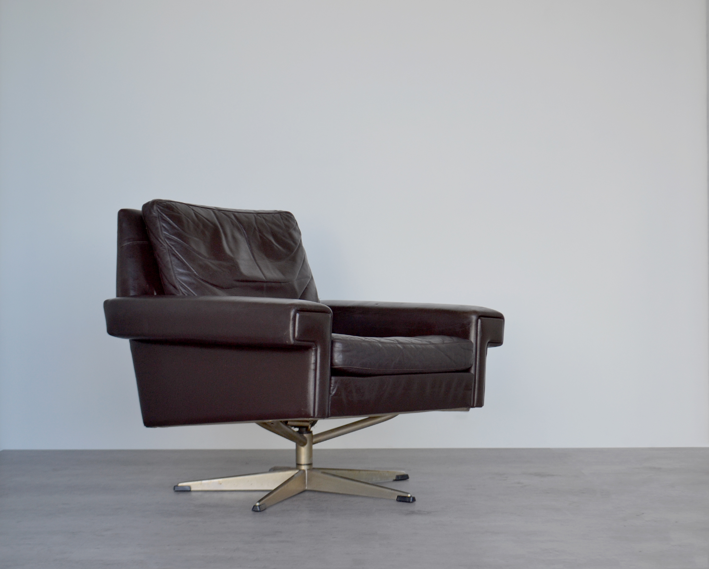 Original Vintage Mid Century Danish Modernist Dark Brown Leather Chrome Swivel Chair Armchair Lounge Desk By Georg Thams
