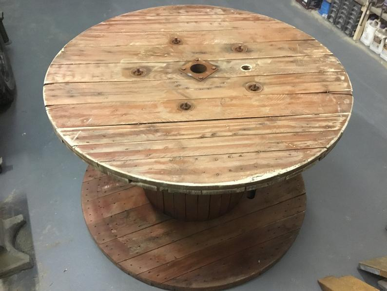 Hand Made Reclaimed Pine Plank Spanish Cable Drum Garden Event Round Dining Table Vinterior