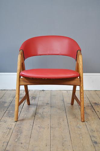Red Oak Framed Armchair