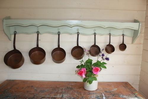 French Vintage Pot Shelf With Seven Vintage Copper Saucepans
