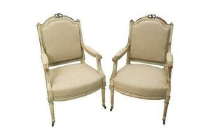 Thumb french fauteils armchairs 19th century hand carved walnut frames 0