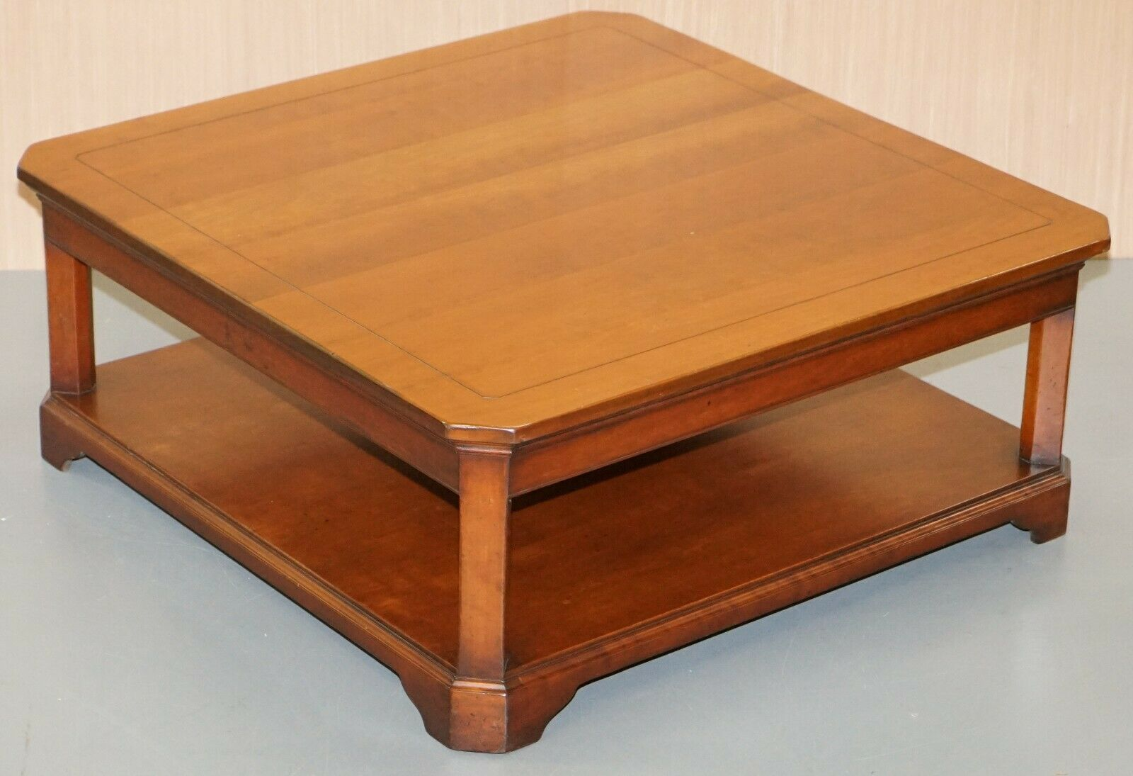 Picture of: Stunning Harrods London Grange Paris Solid Cherry Wood Coffee Table Square Vinterior