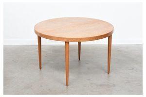 Thumb extending dining table in oak by kai kristiansen 0