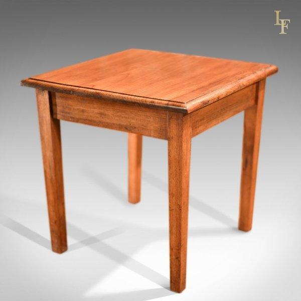 Early 20th Century Oak Side Table, C.1910