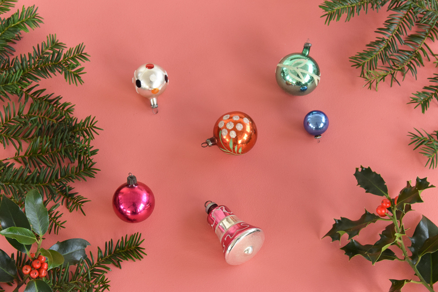 Vintage Set Of 6 Assorted Glass Christmas Tree Baubles / Ornaments