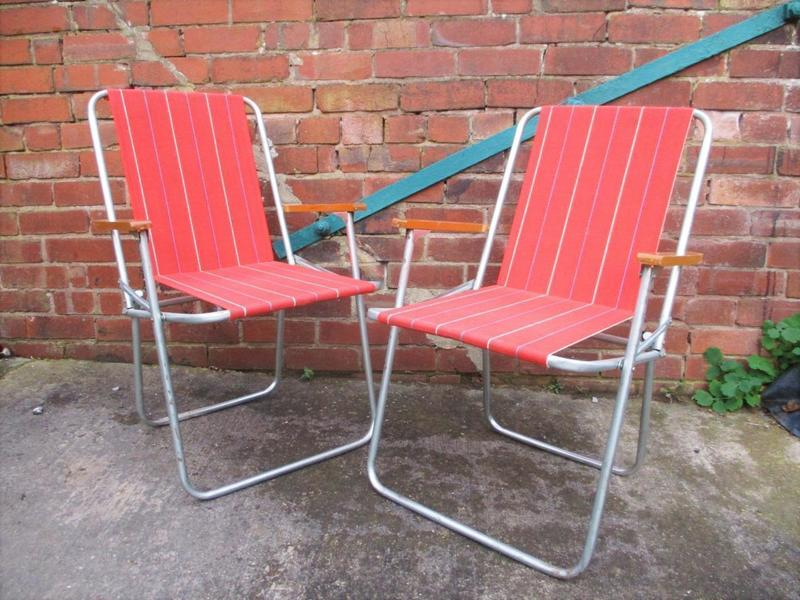 Pair Vintage 60's Red Striped Folding Chairs Beach Camping Garden Festival Retro