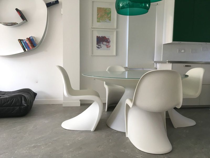 Four Genuine Vintage Retro Design White Verner Panton Chairs By Vitra