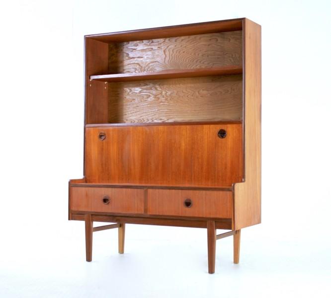 Vintage 1970s Turnidge Teak Bookcase/Display Cabinet