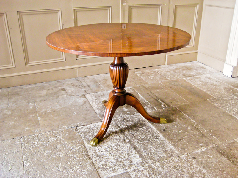 Rosewood And Mahogany Dining Table In The Style Of  Paolo Buffa photo 1