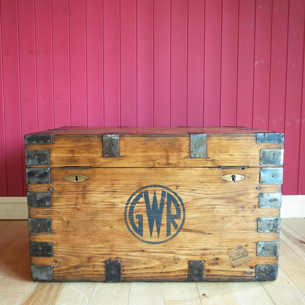Vintage Wooden Chest Coffee Table Rustic Industrial Storage Trunk