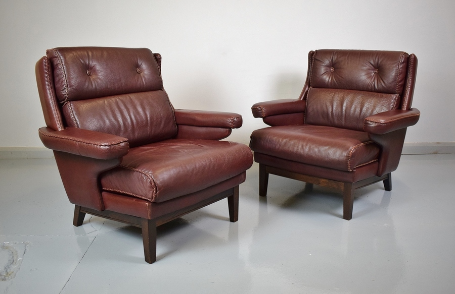 (1 Of 2) Mid Century Retro Danish Burgundy Leather Lounge Arm Chair 1970s