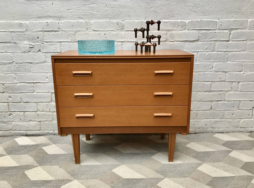 Vintage Chest Of Drawers Bedroom