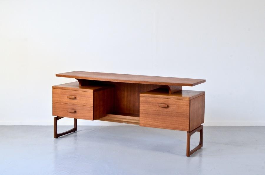 fantastic vintage g plan floating top teak desk delivery modern mid century danish style 43ce6012 fef6 4417 b7f8 bbceb933f06e