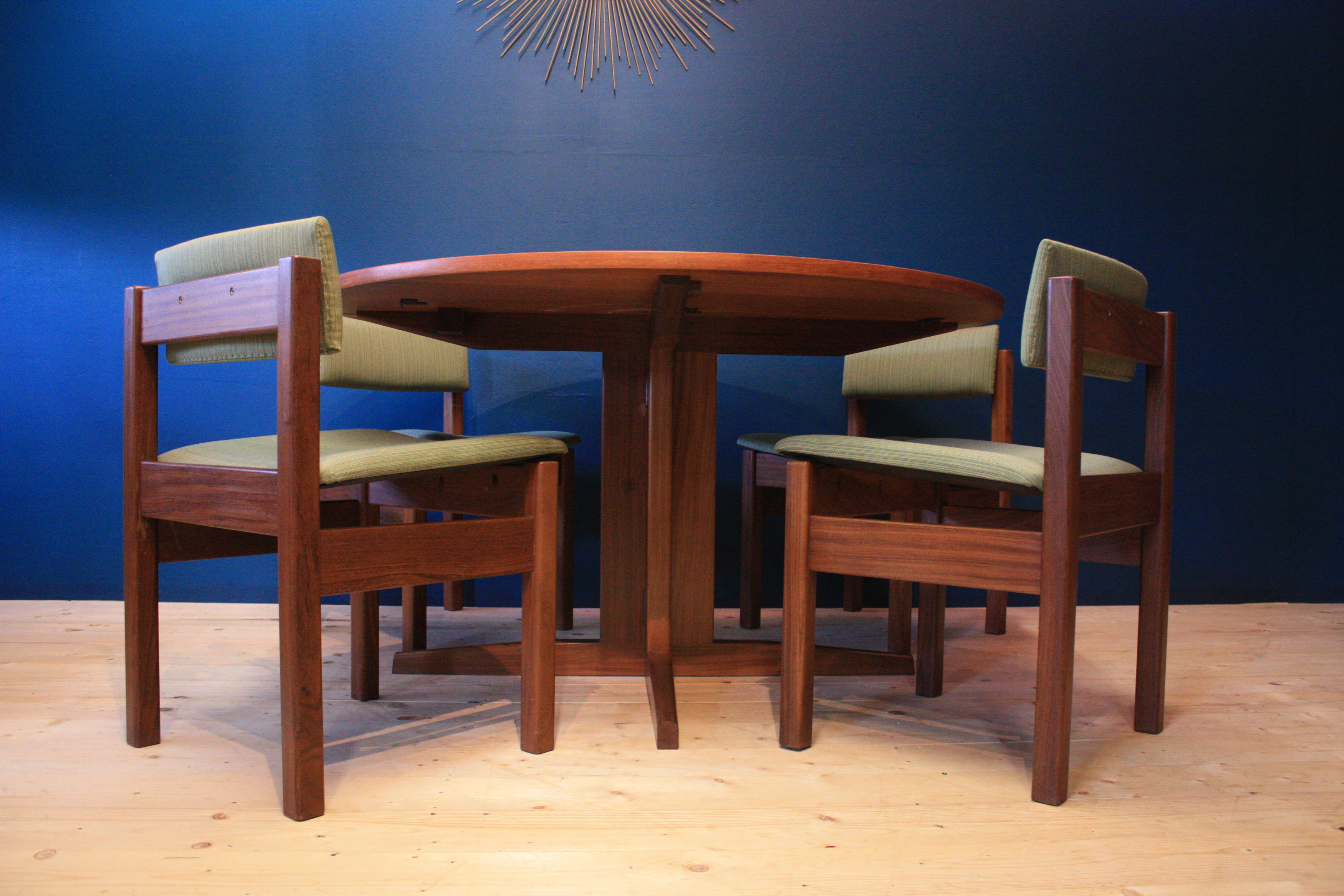 Gordon Russell Teak Dining Table Chairs By Robert Heritage Mid Century Vintage Gordon Russell Vinterior