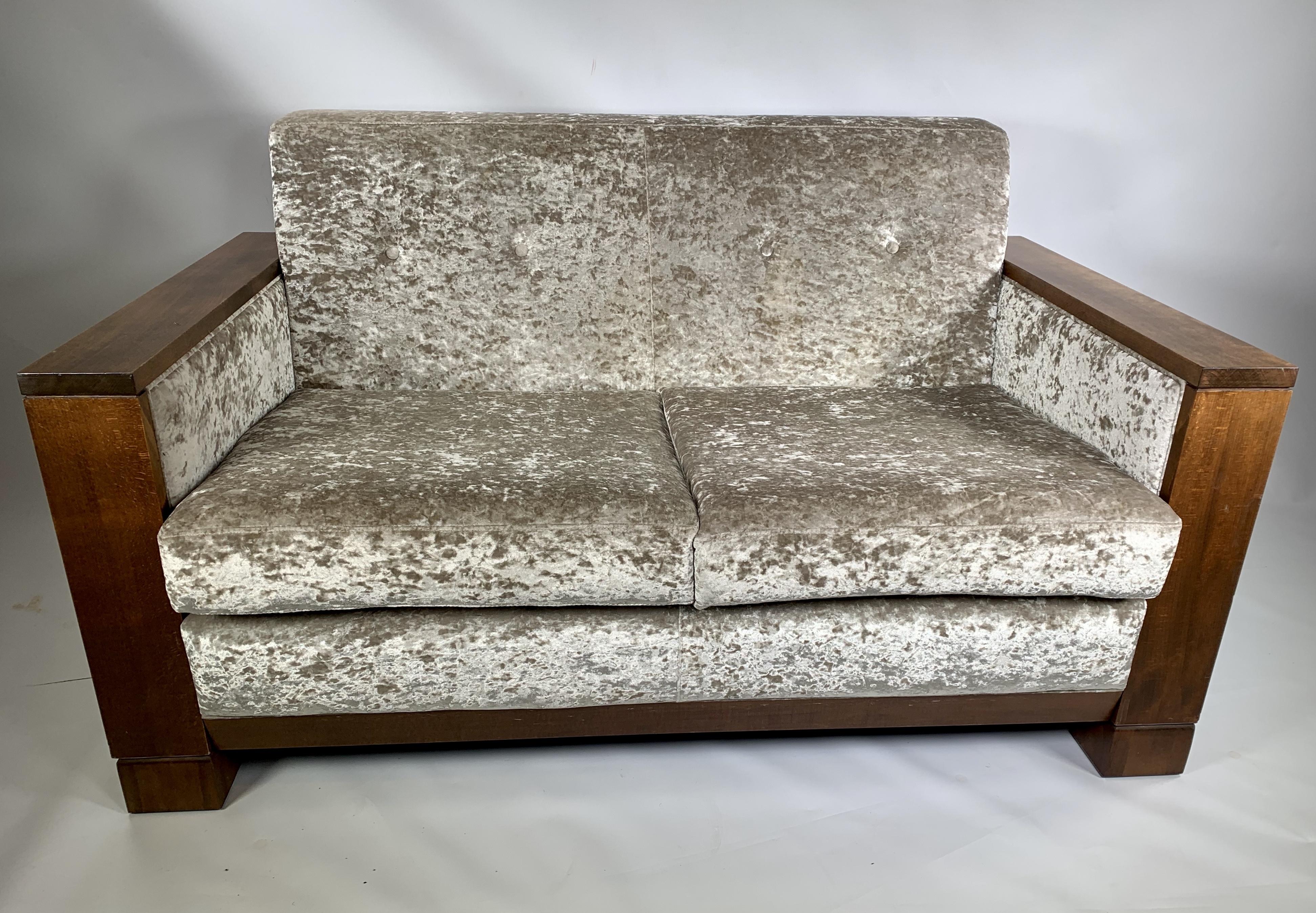 Bespoke Art Deco Style Sofa In Champagne Crushed Velvet Vinterior
