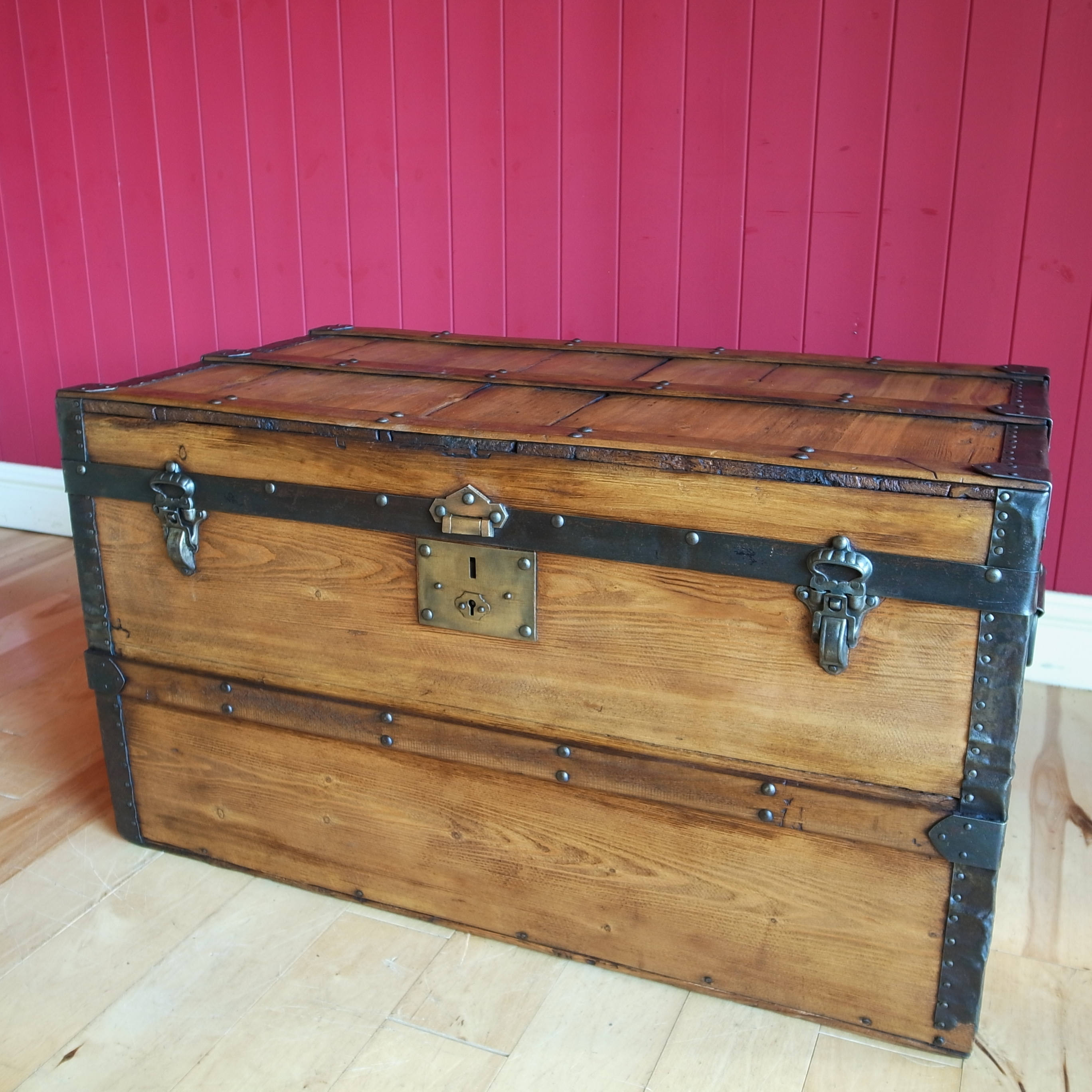 Wood Vintage Storage Trunk Marcuscable Com