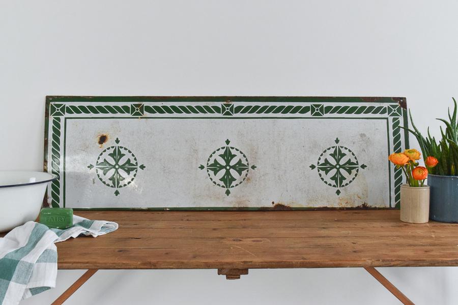 Groovy Vintage Enamel Kitchen Sink Splashback Fire Hearth Wall Tile Home Interior And Landscaping Palasignezvosmurscom