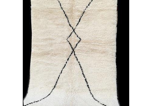Beni Ouarain Moroccan Berber Rug. 100% Wool. Hand Wove