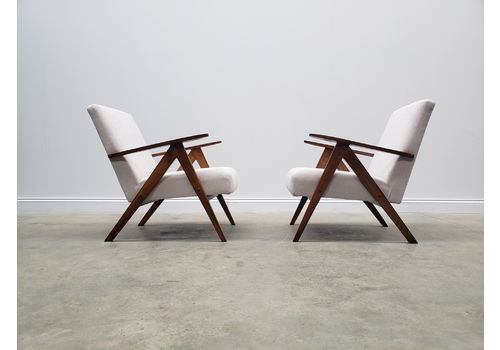 Mid Century Easy Chairs Model B   310 Var In Ash Grey Upholstery
