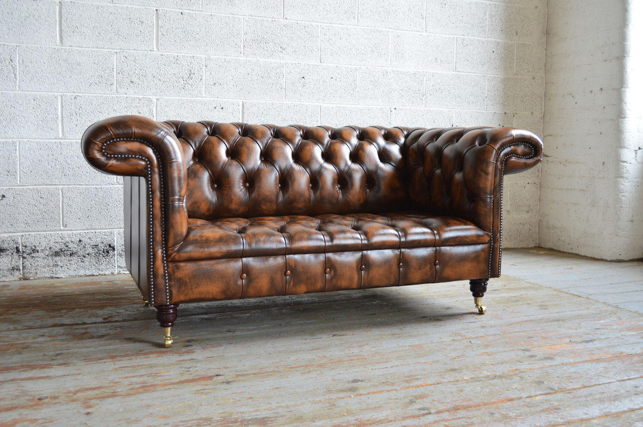 Classic Chestnut Brown Leather Distressed Vintage Chesterfield 2 Seater Sofa