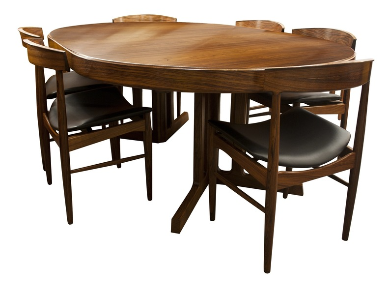 Mid Century Modern Design Rosewood Dining Table And Chairs