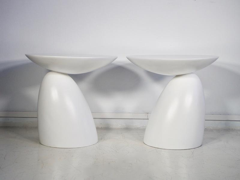 Round White Fiberglass Side Tables, 1980s, Set Of 2