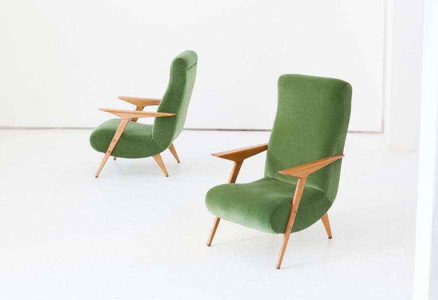 Pair Of Italian Mid Century Modern Oak Wood And New Green Velvet Armchairs, 1950