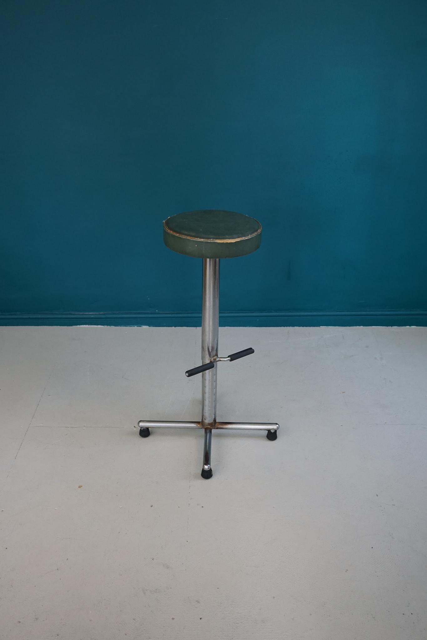 Incredible Mid Century Adjustable Industrial Bar Stool By Harrods London C 1940 S Cjindustries Chair Design For Home Cjindustriesco