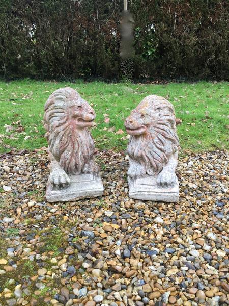Vintage Statuary Lions, Pair