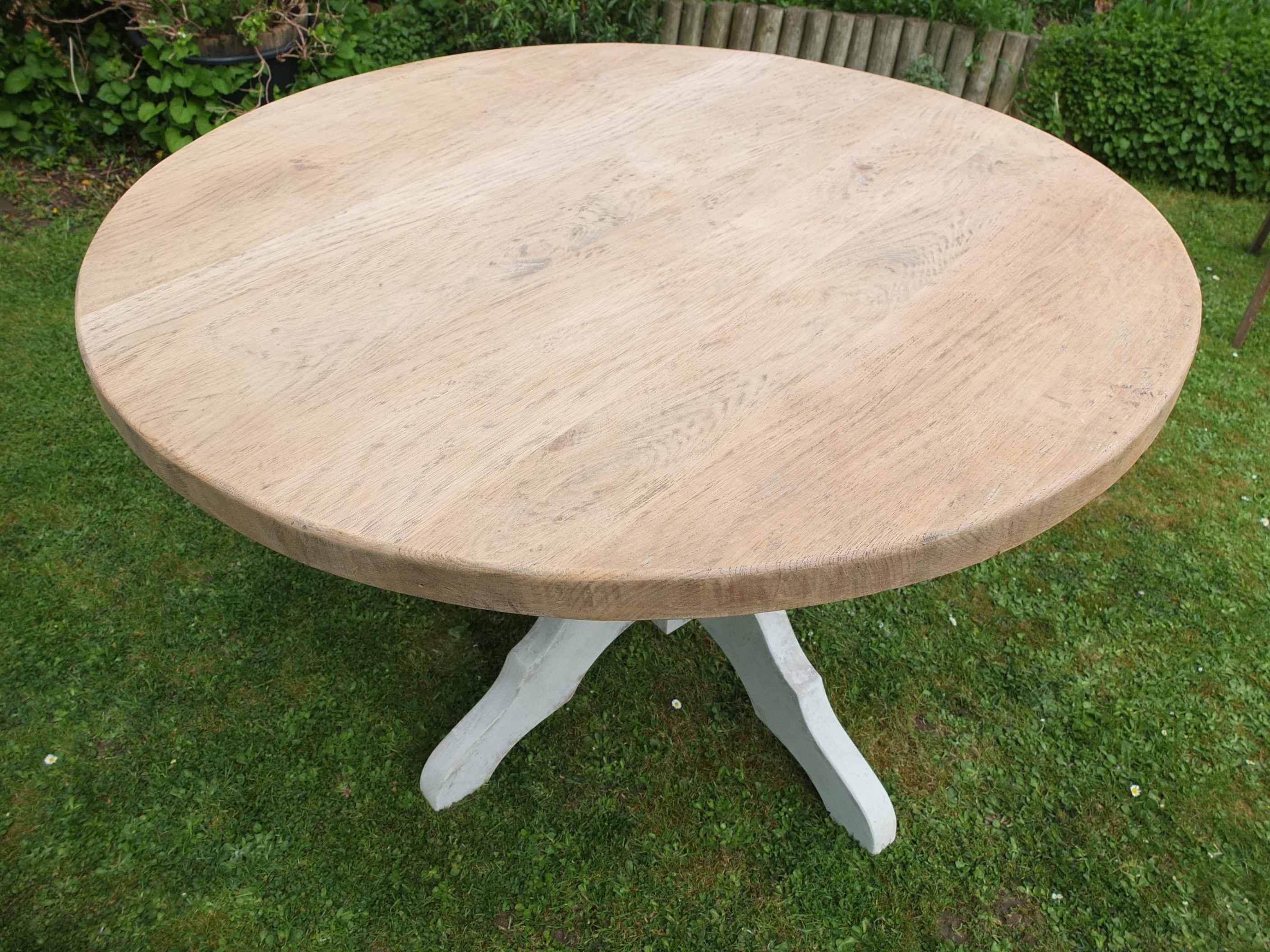 Hand Made Rustic Painted Solid Oak Pedestal Dining Table 118 X 75