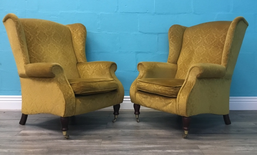 Stunning Pair Of Vintage Queen Anne Style Parker Knoll Wing Back Chairs